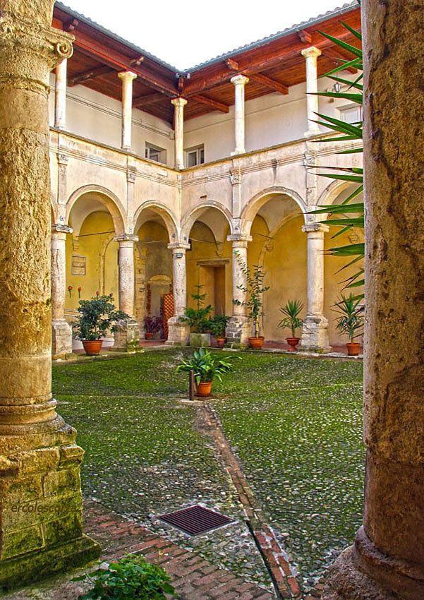chiostro delle Vergini by ercolescorza cs on 500px