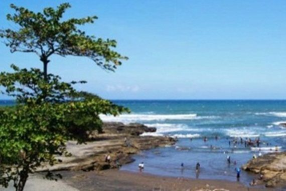 BEACH: Pantai di Jawa Barat