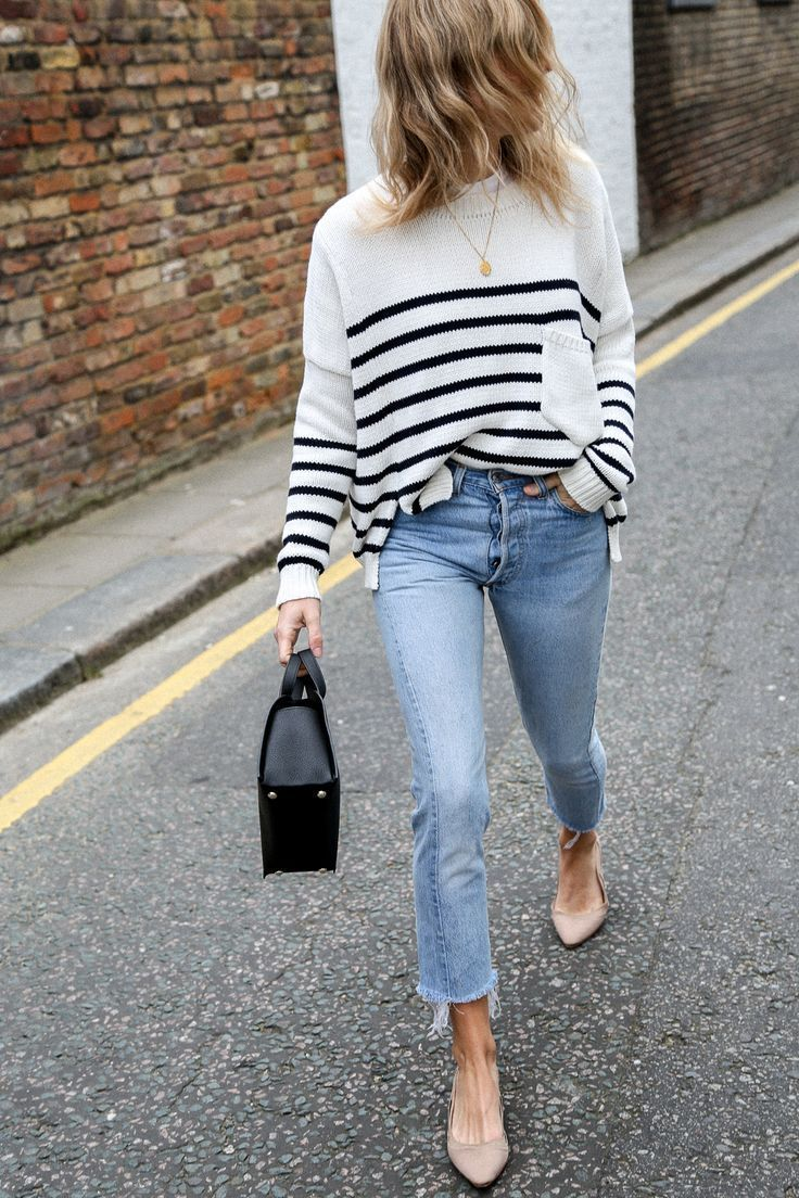 Watch 15 Cropped Jeans Outfits For The Summer To Fall Period video