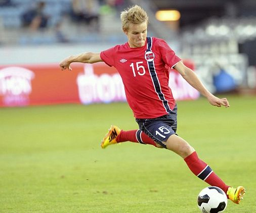 Today toptalent Martin Odegaard is celebrating his 16th birthday. Which club will be the lucky one to sign him up? #spotd
