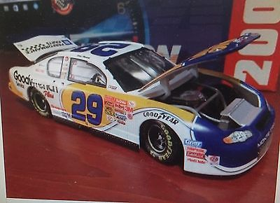 Kevin Harvick #29 America Online 1:24 Scale Goodwrench Limited Edition Action Toys & Hobbies:Diecast & Toy Vehicles:Cars: Racing, NASCAR:Other Diecast Racing Cars www.internetauctionservicesllc.com $29.99