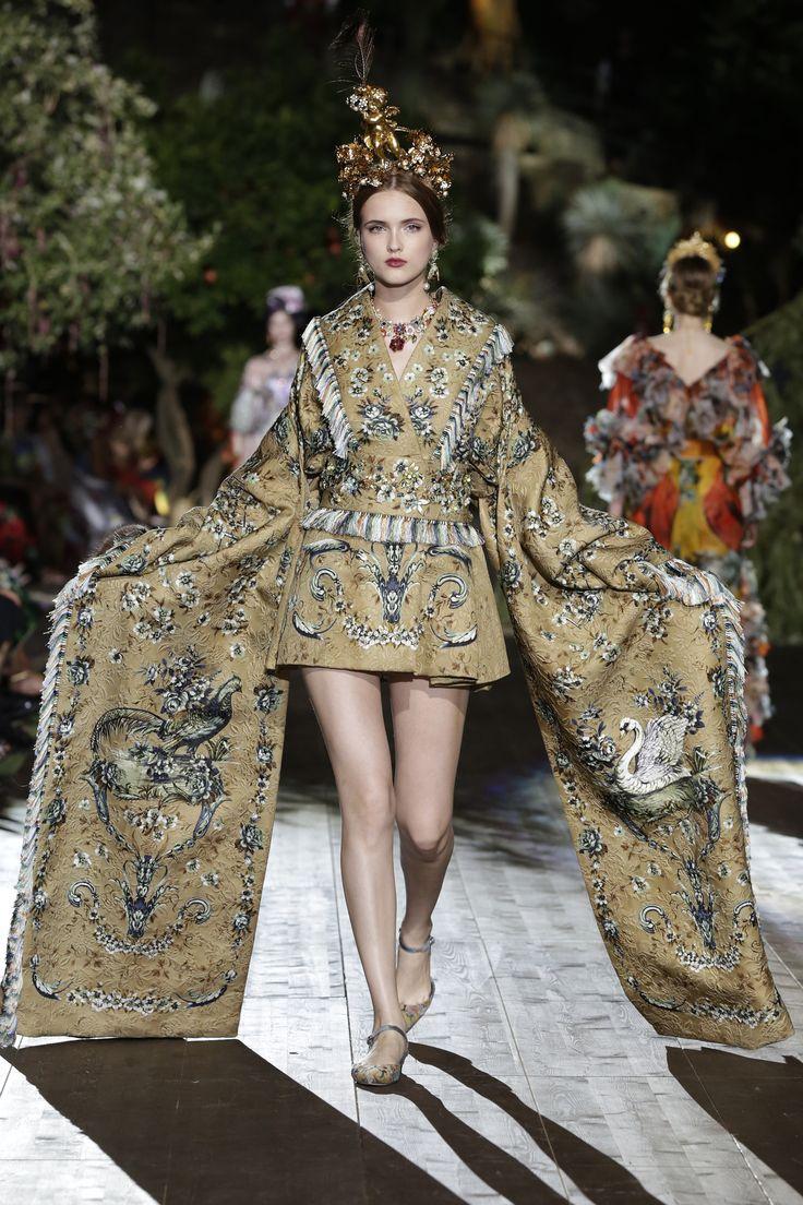 Dolce & Gabbana Alta Moda Fall/Winter 2015-2016 85
