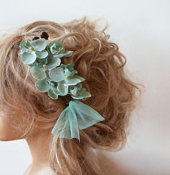 Wedding Flower Comb, Mint Green Floral Comb , Woodland Bridal Headpiece, Hair Flower, Wedding  Hair Accessories