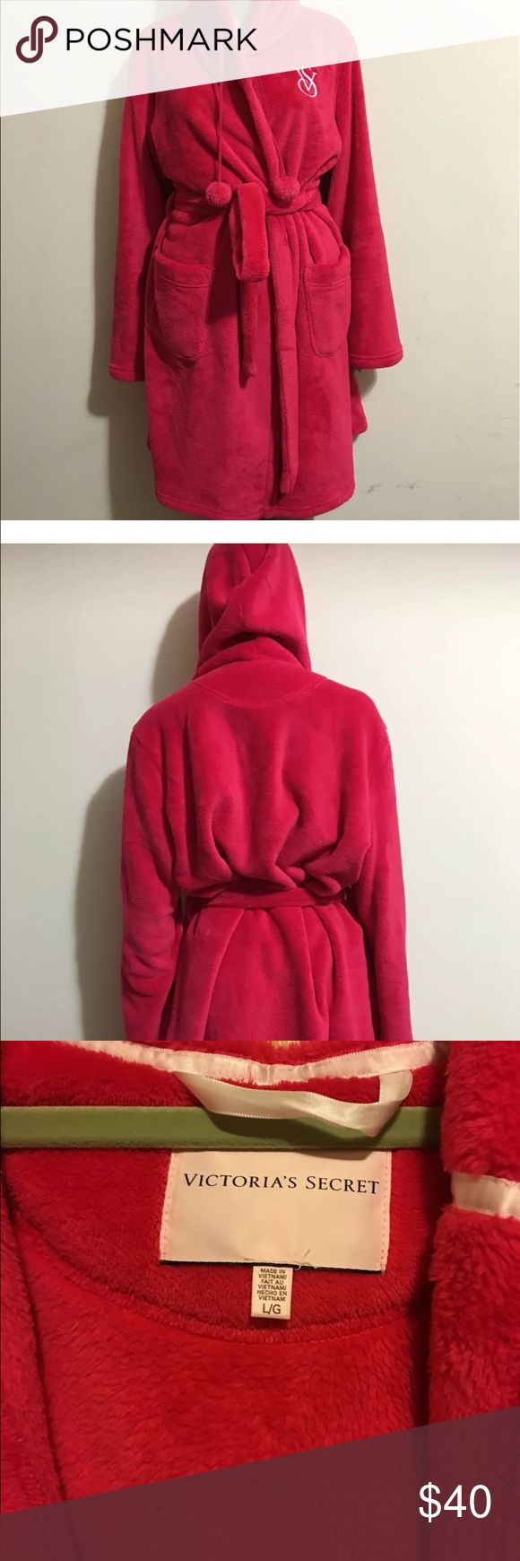 Victoria's Secret Hooded Cozy Short Robe Size L Beautiful very warm short robe. New without tag. Victoria's Secret Intimates & Sleepwear Robes