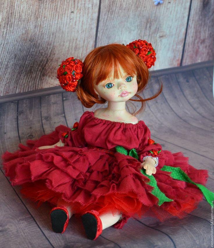 кукла из пластика любят йорк