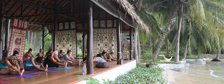 Orion Healing's premiere Thailand detox retreat yoga center, ideal location to practise and learn yoga in Kho Phangan Thailand, specializes in soothing health retreat programs.