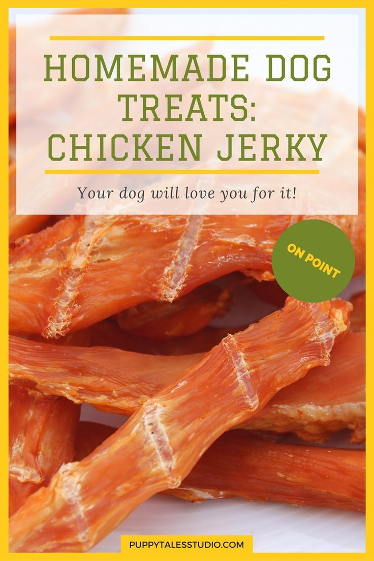 HOW TO: Homemade dog treats: Chicken Jerky | This is a super easy recipe and your dog will go crazy over it! Let me tell you; these are thé best homemade dog treats your dog has ever tasted. I trust you'll like it, so I hope you give it a try. You can use turkey or beef to mix things up! 'DIY: Homemade chicken jerky, turkey jerky or beef jerky'