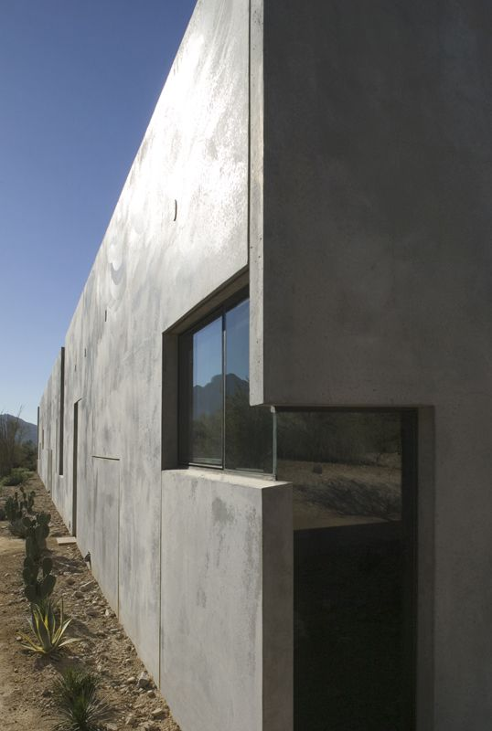 Planar House in Paradise Valley. Arizona. 2005. Steven Holl