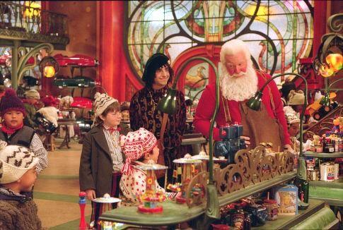 Still of Tim Allen, Spencer Breslin and David Krumholtz in The Santa Clause 2 (2002) http://www.movpins.com/dHQwMzA0NjY5/the-santa-clause-2-(2002)/still-381327616
