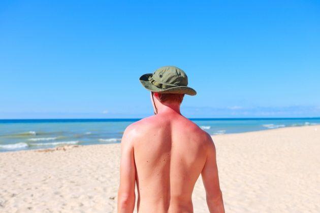 Abbronzarsi senza sole (e con pochi rischi) - Focus.it