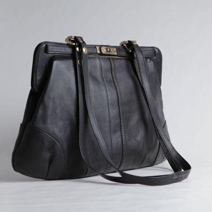 #oversized #vintage #bag . www.nouvellebag.com