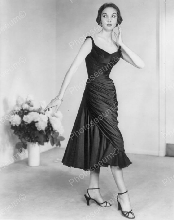 Vintage Fashion Model 39