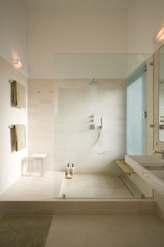 Open shower design. Perfect for a large bathroom.