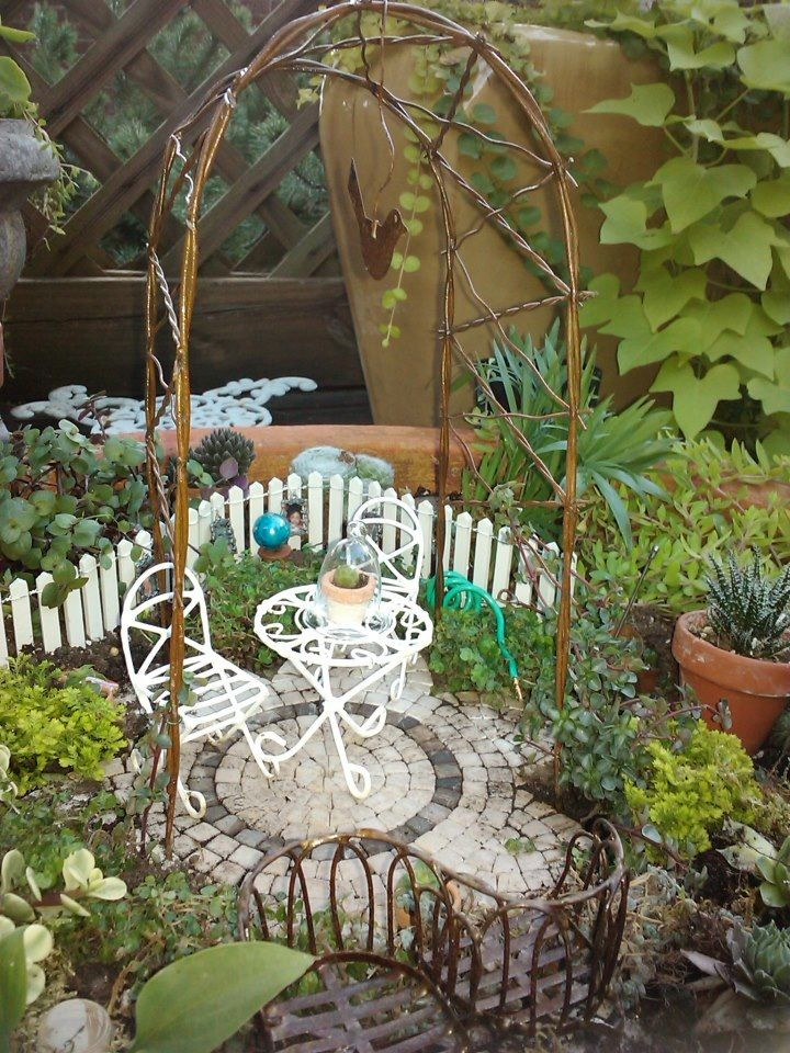 Results Are In  The Annual Miniature Garden Contest  2012. 77 best images about Mini Garden Furniture on Pinterest   Vines