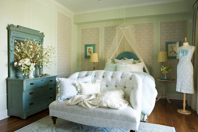 wallsDreamy White, Dreams Bedrooms, Small Room, Turquoise Bedrooms, Shabby Chic, Sweets Dreams, Dreams Room, Bedrooms Ideas, Beautiful Bedrooms