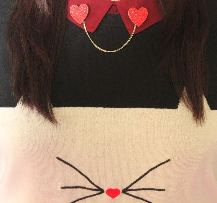 Ladybird Likes red glitter Heart collar clips, Cat jumper