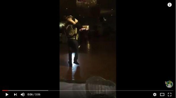 """(VIDEO) XV años al estilo """"narco"""" con levanton y todo - http://www.esnoticiaveracruz.com/video-xv-anos-al-estilo-narco-con-levanton-y-todo/"""