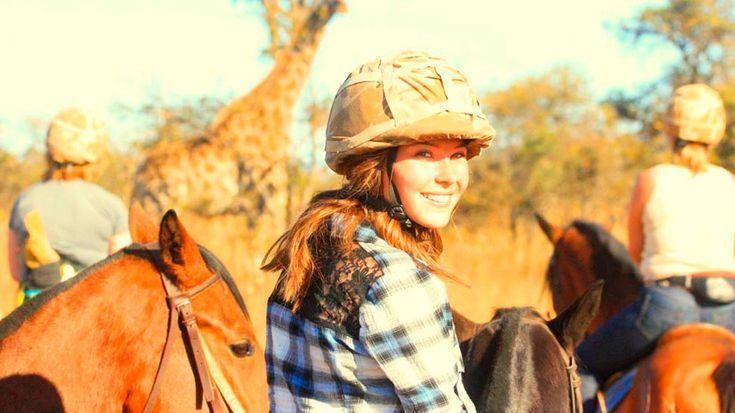 Tänk att rida ut på savannen och uppleva den Afrikanska naturen från hästryggen, samtidigt som du får möjlighet att arbeta med lejon. Älskar du hästar och vill vara med om ett äventyr utöver det vanliga är Horse and Lion Zimbabwe projektet för dig!
