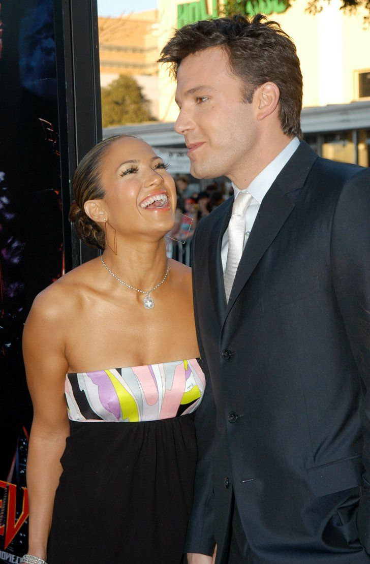 Pin for Later: These Photos of Jennifer Lopez and Ben Affleck Will Take You Way Back  Jen just couldn't contain her laughter at the LA premiere of Ben's movie Daredevil in February 2003.