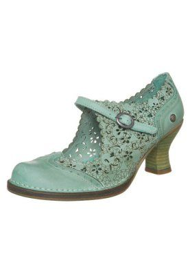 A pinterest friend steered me to Neosens shoes. Oh. my. gosh. I'm in love. ROCOCO - Classic heels - green
