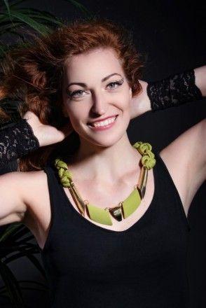 http://iris-jewellery.com/;  Designed and made by Iris-Jewellery. Návrh a realizace - Iris-Jewellery