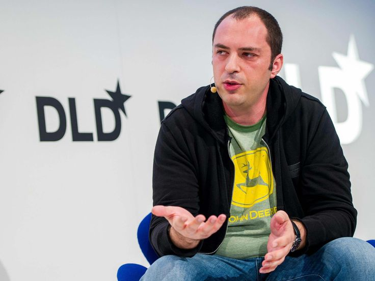 """On Wednesday, as he announced Facebook's record-breaking $19bn (£11.4bn) acquisition of the mobile messaging service WhatsApp, Mark Zuckerberg reflected that he had known WhatsApp's chief executive, Jan Koum, """"for a long time"""". It is possible the pair met shortly before WhatsApp's creation in 2009, when Mr Koum and his company's co-founder Brian Acton both applied for jobs at Facebook – and were rejected."""