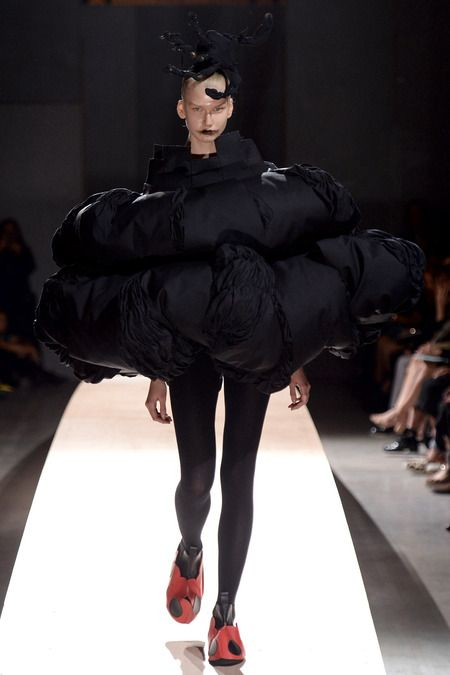 Comme des Garçons   Spring 2014 Ready-to-Wear Collection   Style.com
