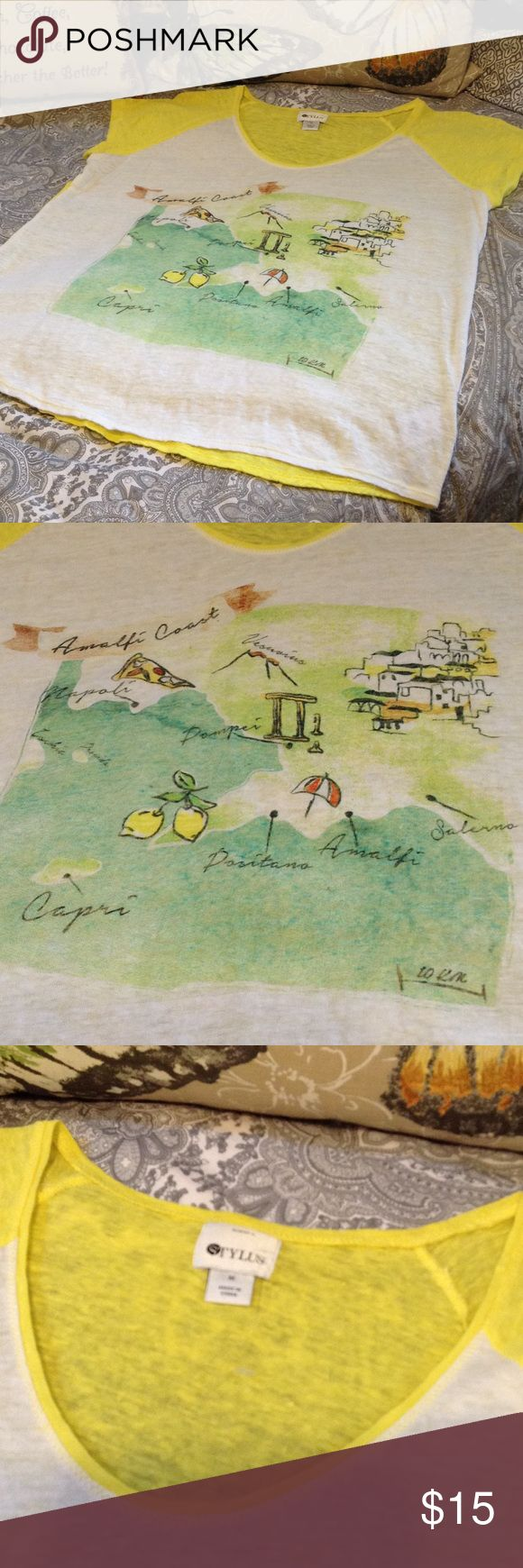 🆕 Amalfi Coast Top ☀️🏖🍋🍕🌋 NWOT, Never Worn! Cute Yellow and White Lightweight Top with an Amalfi Coast Graphic with Green. Super for Summer and Traveling! Stylus Brand Size Medium Stylus Tops