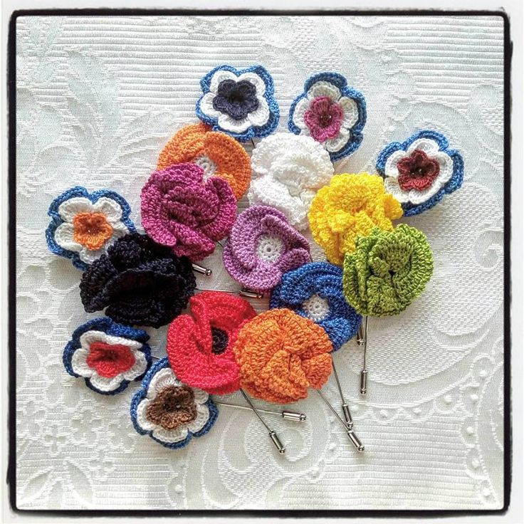 A small #accessory for a great #outfit! http://www.dmties.com/altri-accessori/spille-da-giacca/cotone