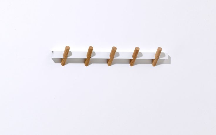 Crosscut coat hooks-white