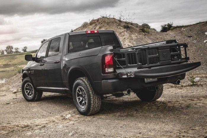 2017 dodge ram 1500 rebel rear view black color tailpipe cool cars pinterest dodge ram. Black Bedroom Furniture Sets. Home Design Ideas
