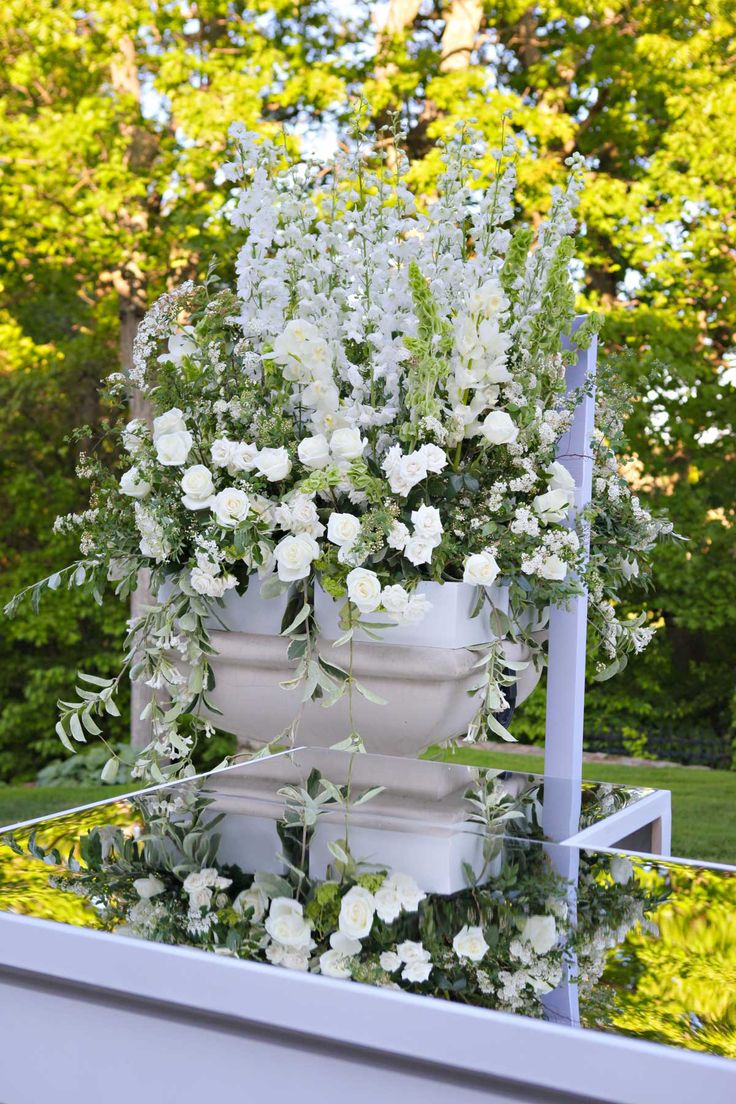 18 best greenwich ct church wedding images on pinterest church weddings florists and flower shops. Black Bedroom Furniture Sets. Home Design Ideas