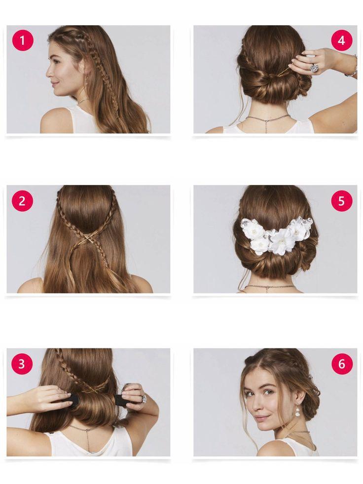 Diese Hochsteckfrisur ist verspielt und elegant zugleich: Trennt links und rechts vom Scheitel zwei Haarsträhnen, die Strähnenflechten und mit kleinen Haargummis befestigen. Nun müsst ihr beide Haarsträhnen am Hinterkopf kreuzen und mit Haarklammern fixieren. Die restlichen Haare mittig durch eine Haarrolle führen und nach oben aufwickeln. Alles gut und unsichtbar feststecken - zum Abschluss könnt ihr die Frisur nach Lust und Laune mit Haarkämmen oder -kränzen verzieren. Vorne noch zwei…