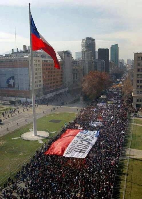 Chile, Marcha de los estudiante. Student marches have become common within the city, and the spirit of student activism is very strong.
