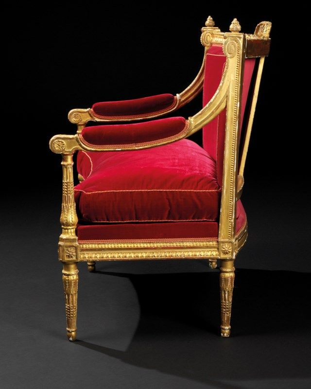 A Pair Of Royal Louis Xvi Giltwood Marquises Fauteuils D Angle By Georges Jacob Circa 1784 Furniture Lighting France Chris Louis Xvi Louis Jacobs