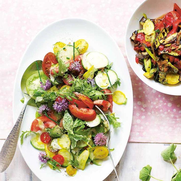Tomatensalade met spinazie en kruiden recept - Jamie magazine
