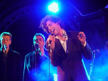 Mika & the Kings singers - Union Chapel 2009
