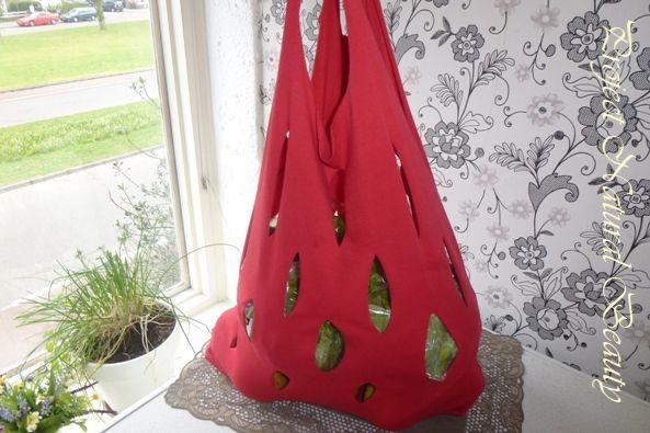 Shopping bag made from old TS Winkeltas, gemaakt van oude TS Väska från gammal TS