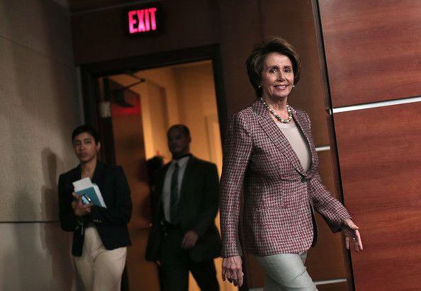 Nancy Pelosi Teenager 25+ bästa idé...