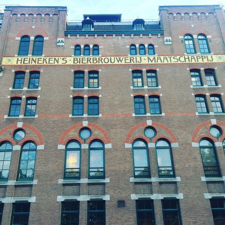 И конечно после экскурсий по обувной  фабрики и производства сыра  обязательно нужно посетить пивзавод    #этожизнь #осень #новаяжизнь #путешествие #сентябрь #2016 #travel #september #traveling #reisen #followme #photoart #амстердам #голландия #niederlande #holland #amsterdam