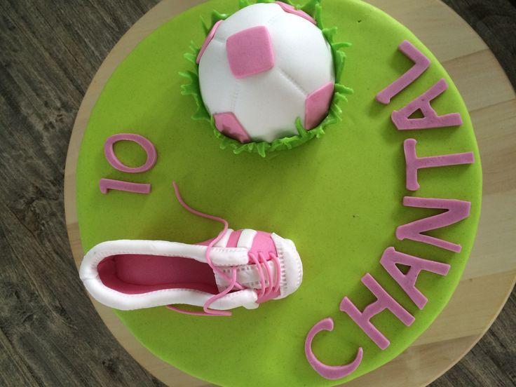Meisjes voetbal taart Door Franciska Bark 5-16
