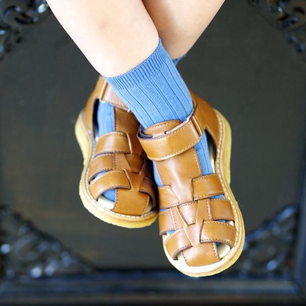Angulus cognac flettet sandal – Hola Lola #childrensshoes #kids #shoes #holalola_no