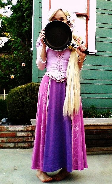 Cosplay by ~pixi996 on Deviant Art. Rapunzel from Tangled. http://pixi996.deviantart.com
