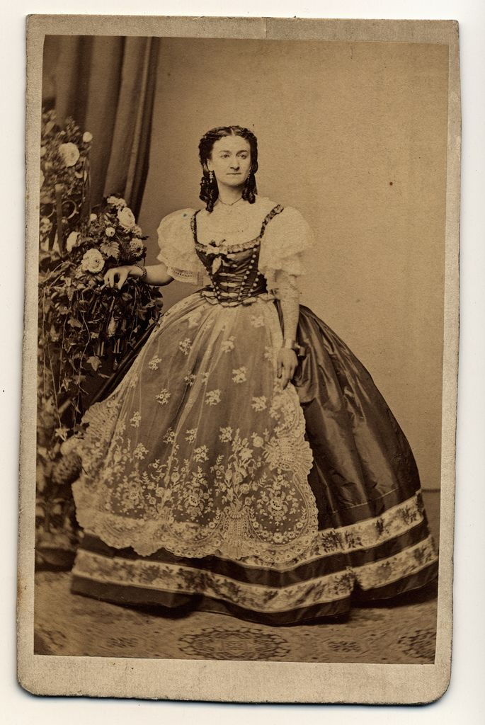 Could be used for Fancy Dress if you want to come as an Hungarian. George Mayer (1817-1885) photographer. CDV from 1860-1870. Hungarian folk-style dress?