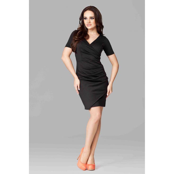 Rochie casual-eleganta,lungime medie,de culoare neagra,cu decolteu in V 99.90 RON