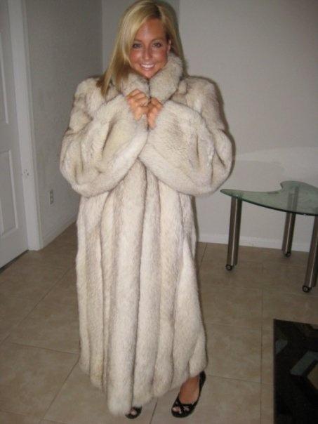blue fox fur coat | Fur | Pinterest | Coats, Foxes and Fox fur coat