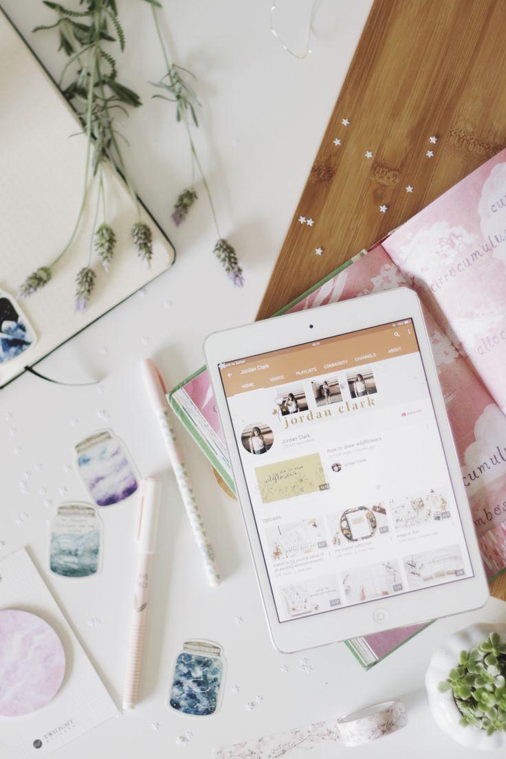 Post sobre mulheres inspiradoras que produzem conteúdo para internet: Jordan Clark (Stellaire) e Rebecca (From Roses UK).