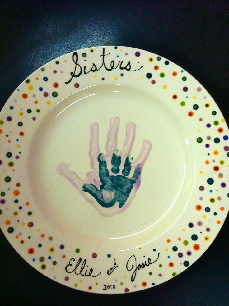 1000 images about pottery paint ideas on pinterest for Handprint ceramic plate ideas