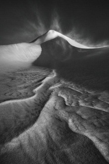 LUKE AUSTIN/THE INTERNATIONAL LANDSCAPE PHOTOGRAPHER OF THE YEAR