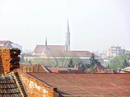 Römisch-Katholische Kirche Heiliges Herz Jesu (Elisabetin) am Nicolae Balcescu Platz (früher Lahovary Platz). Temeswar